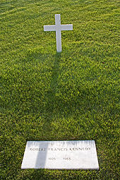 Robert_F._Kennedy_grave_in_Arlington_National_Cemetery